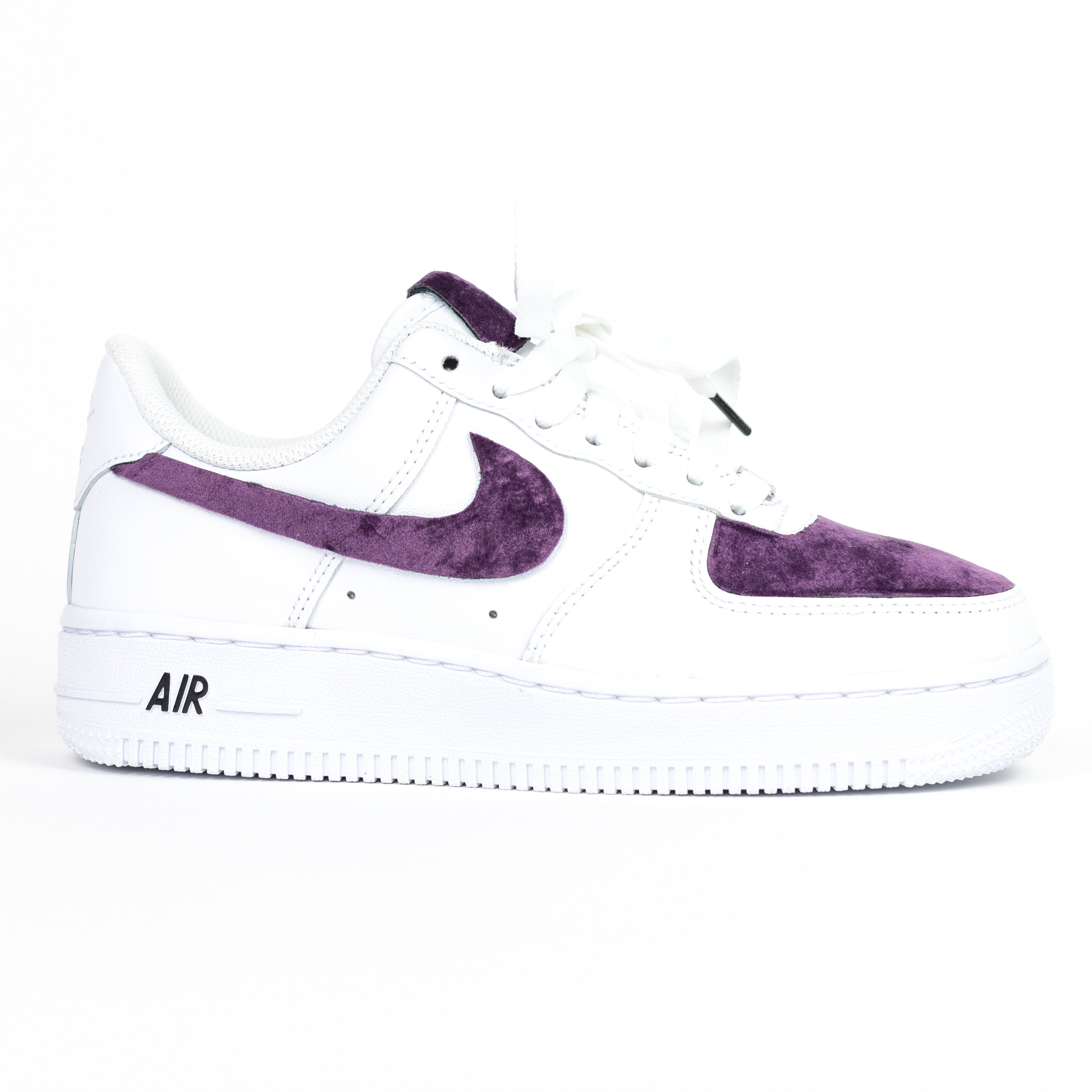 lección si Platillo  Nike Air Force 1 White Custom 'Purple Velvet' Edition